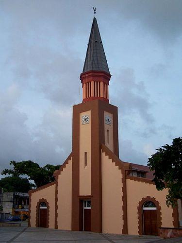 Église_de_l'Immaculée_Conception_des_Abymes